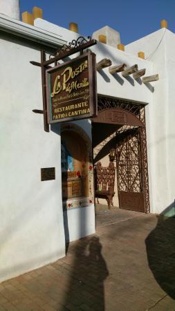 Mesilla, นิวเม็กซิโก: La Posta back entrance