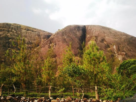 Vagamon, Indien: big rock called thangal para