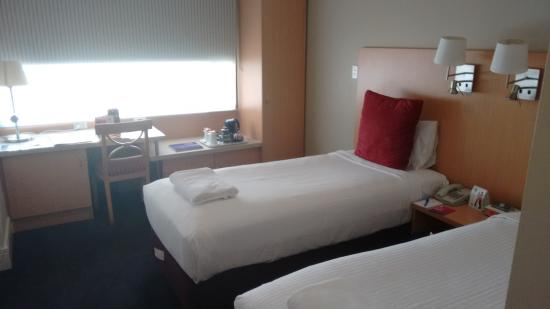 Ibis Sydney World Square: Standard twin bed room