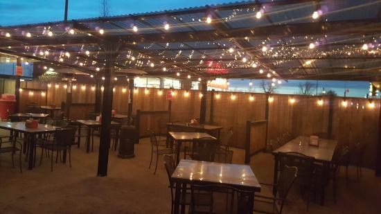 Winkler, Kanada: Awards and patio