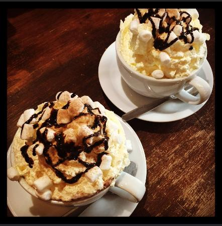 Ormskirk, UK: Bramley's Coffee House