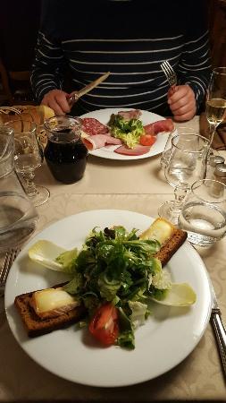 Hôtel Restaurant Le Sauvage: 20160504_211136_large.jpg