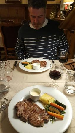 Hôtel Restaurant Le Sauvage: 20160504_213602_large.jpg