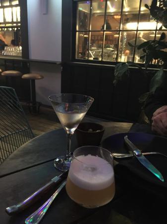 New Plymouth, Nueva Zelanda: Through to the bar from the patio