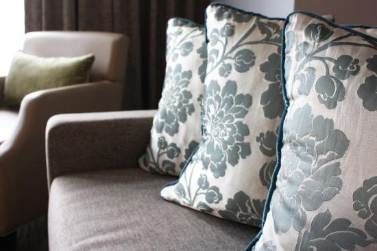 Ascott Makati: Pillow accents in the living room (2-Bedroom Suite)