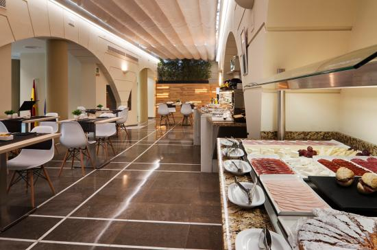 Catalonia Santa Justa Hotel