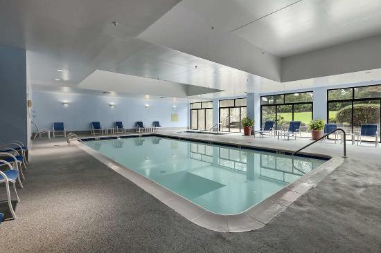 เวย์เน, เพนซิลเวเนีย: Indoor Pool
