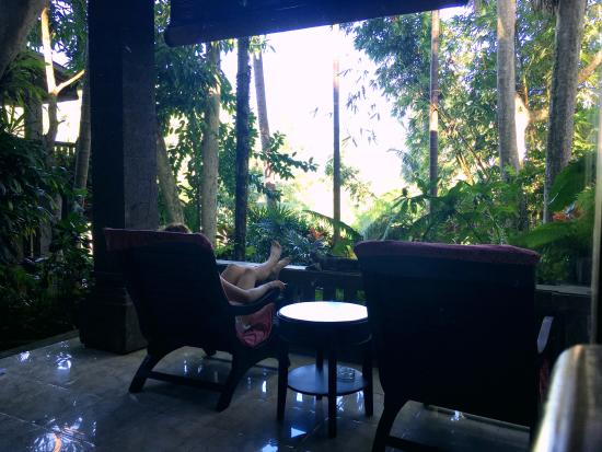 ONEWORLD retreats Kumara: Mornings in kumara