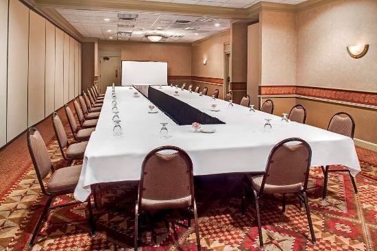 คอรัลวิลล์, ไอโอวา: Meeting Room