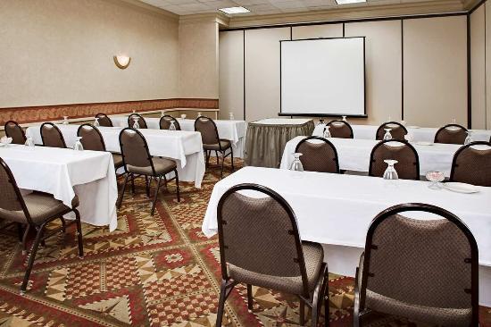 คอรัลวิลล์, ไอโอวา: Meeting Space