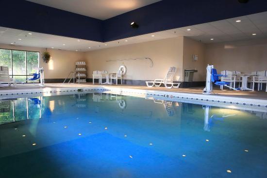 Hampton Inn Eau Claire: Pool/Whirlpool