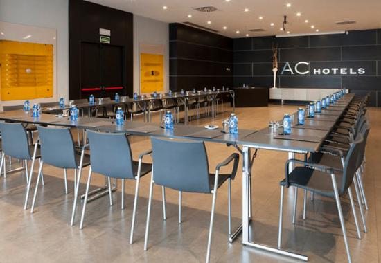 Coslada, İspanya: Gran Fórum Meeting Room – U-Shape Setup