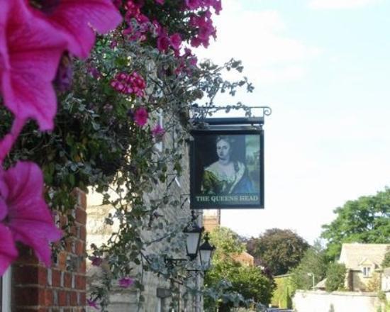 Eynsham, UK: The Queens Head