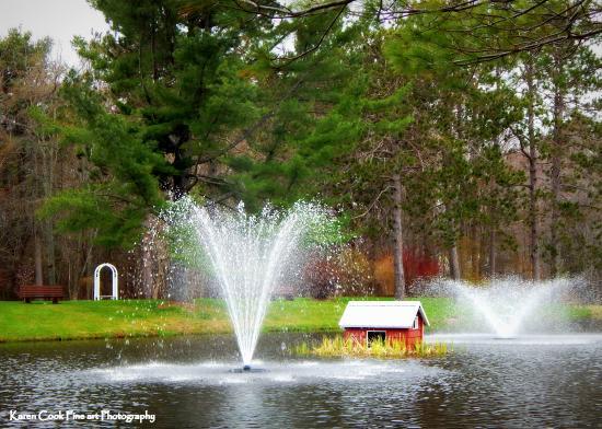 Kingston, Canadá: Stronach Park in Spring.