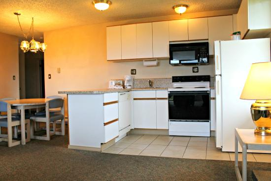 Ocean Shores, Ουάσιγκτον: Kitchen And Dining Area- 2 bedroomcondo