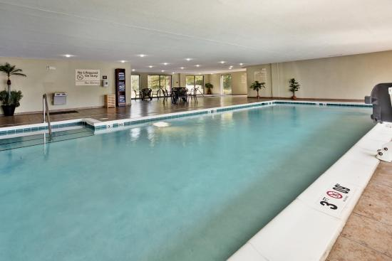 Hampton Inn & Suites Richmond/Virginia Center: Pool