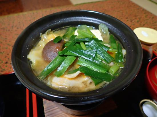 Koikawaonsen Ryokan: 夕食・鍋