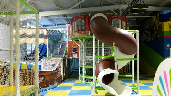 Children Entertainment Center Chunga-Changa