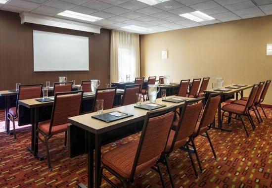 Fountain Valley, Kalifornia: Meeting Room – Classroom Setup