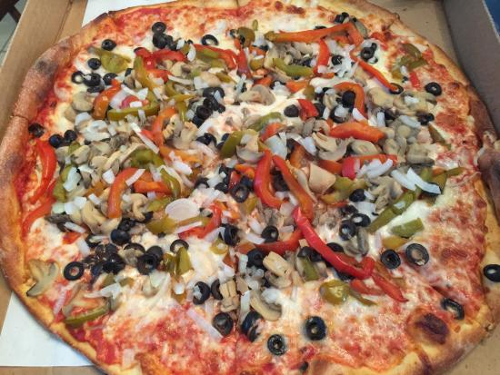 Franco's Pizza: Veggie Pizza