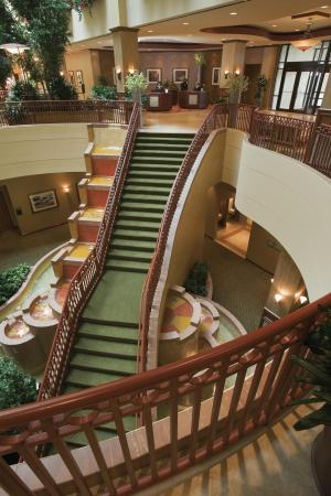 Embassy Suites by Hilton St. Louis St. Charles: Welcome to the Embassy Suites St. Louis–St. Charles/Hotel & Spa