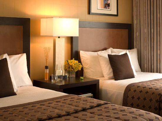 Embassy Suites by Hilton Hotel Santa Clara: Double Beds Suite Bedroom
