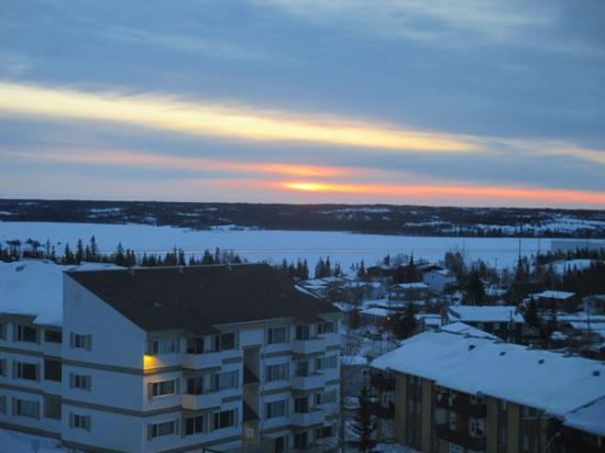 Coast Fraser Tower: Sunrise over Great Slave Lake from the balcony