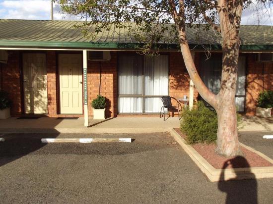 YAMBIL INN MOTEL - Prices & Reviews (Griffith, Australia