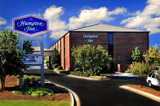 Photo of Hampton Inn Auburn