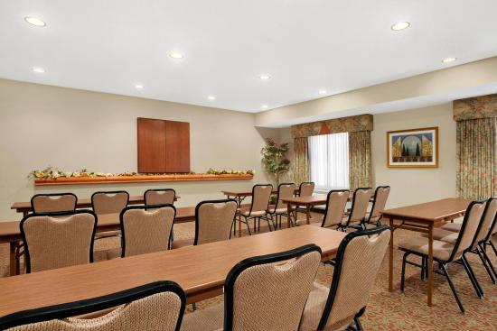 Hampton Inn Heath-Newark: Meeting Room Facilities