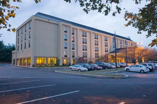 Hampton Inn Reading/Wyomissing: Hotel Exterior
