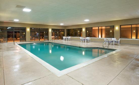 Hampton Inn Evansville: Indoor Pool