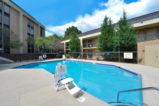 Marietta, GA: Outdoor Pool