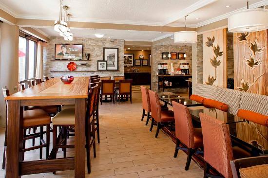 Hampton Inn Atlanta - Northlake: Breakfast Area