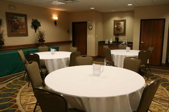 Hampton Inn & Suites College Station / US 6-East Bypass: Olsen Meeting Room