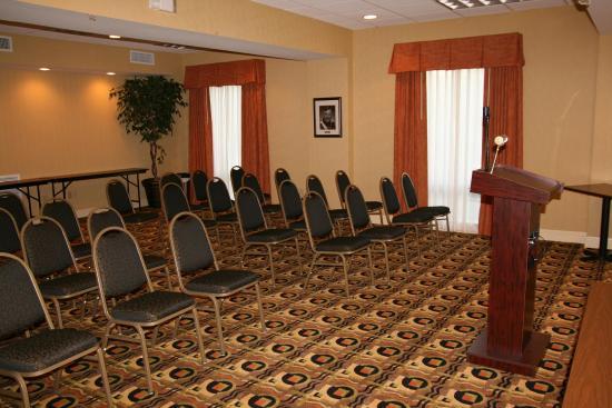 Hampton Inn Baton Rouge - Denham Springs : Meeting Room