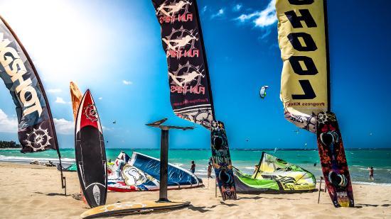 Fun Trips Kiteboarding: Fun Trips Kite Centers Cabarete