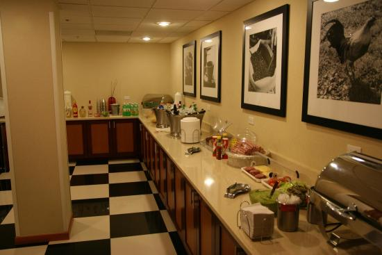 Hampton Inn by Hilton Chihuahua City: Manager's Reception