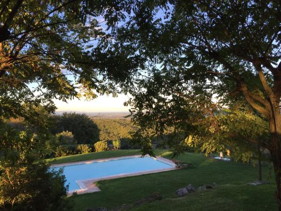 Монтемерано, Италия: Il ristorante,Stefania là chef,panorama , pranzi in giardino