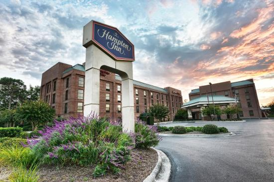 Hampton Inn Wilmington Medical Park: Hotel Exterior
