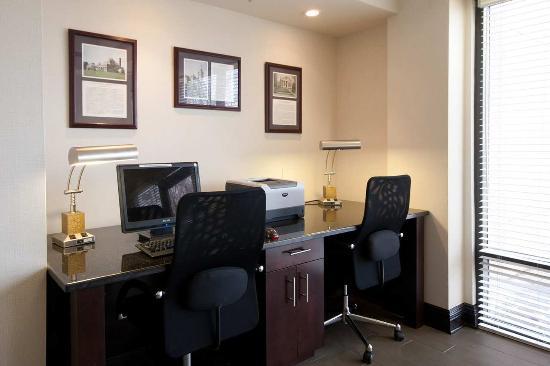 West Seneca, Nova York: Business Center