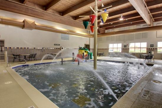 Aurora, IL: Kids Pool