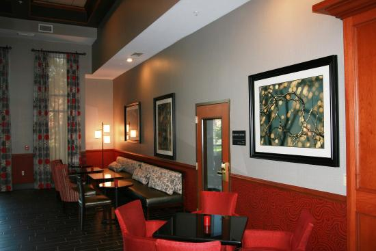 Hampton Inn & Suites East Lansing / Okemos: Soft Seating
