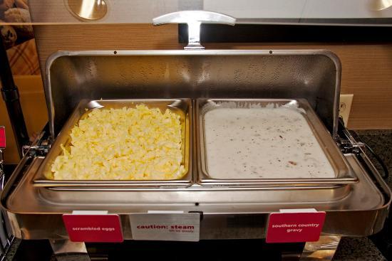 โจนส์วิลล์, นอร์ทแคโรไลนา: Breakfast Area, Hot Food