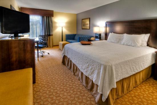 Jonesville, Karolina Północna: King Guest  Room Study
