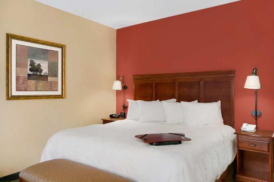 Athens, Οχάιο: King Bedroom