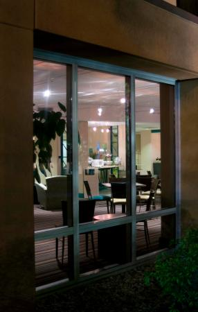 Brooksville, FL: Exterior Window
