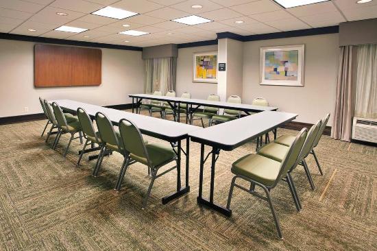 Hampton Inn Atlanta Town Center / Kennesaw: Meeting Room