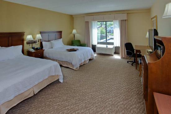 hampton inn suites ephrata mountain springs award. Black Bedroom Furniture Sets. Home Design Ideas