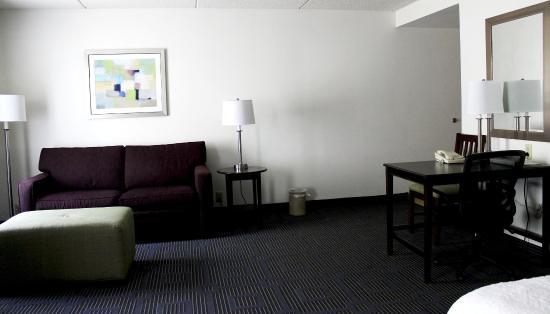 Hazard, KY: Suite Living Area